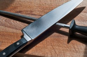what should i know before buying a chef's knife